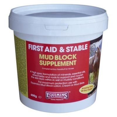 Equimins Mud Block Supplement Premiks zapobiegający grudzie i wspomagający leczenie grudy u koni-600g